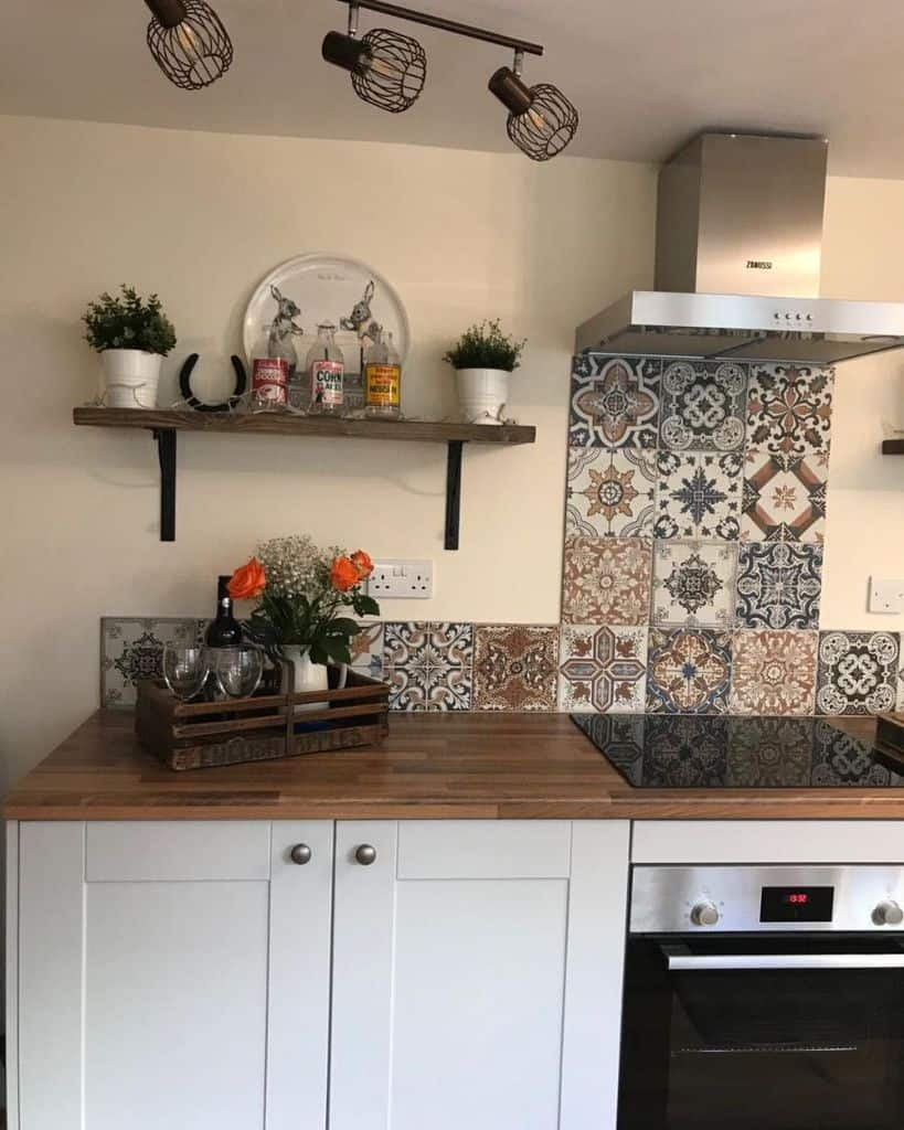 patterened kitchen tile backsplash ideas carolynjayneinteriors