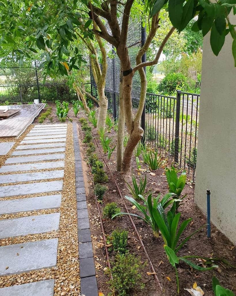pavers garden edging ideas boland_garden_solutions