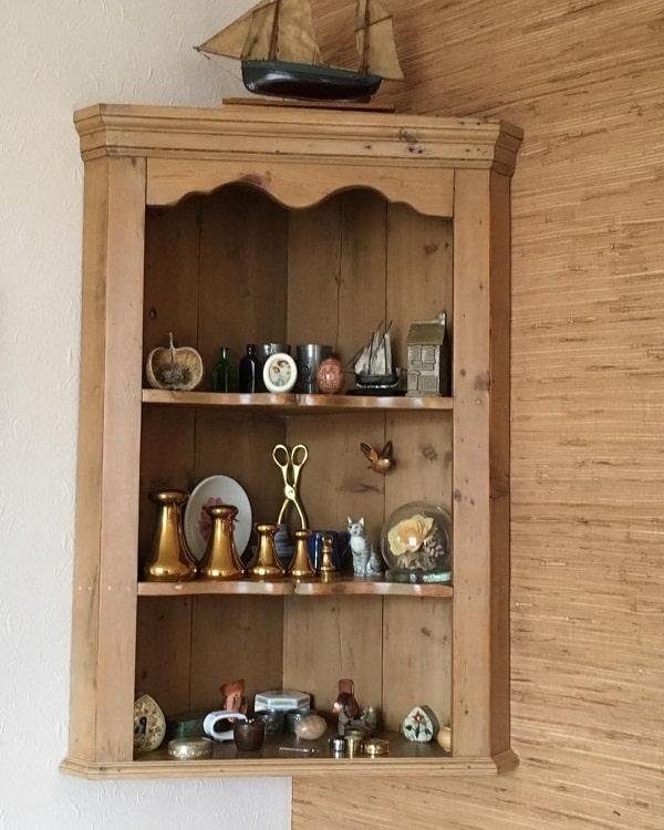 Pine Shelves Corner Open Shelving Freytillrow