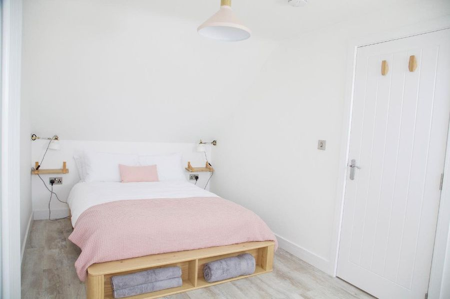 Pink Girls Bedroom Ideas Serviced Apartments Stockport