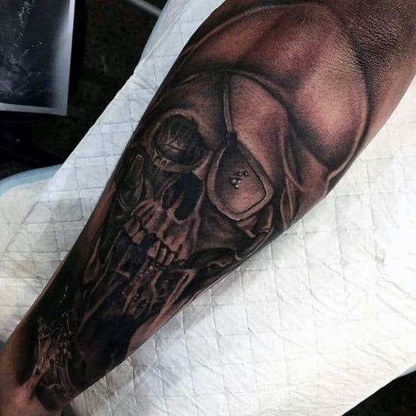 Pirate Forearm Men's Tattoo