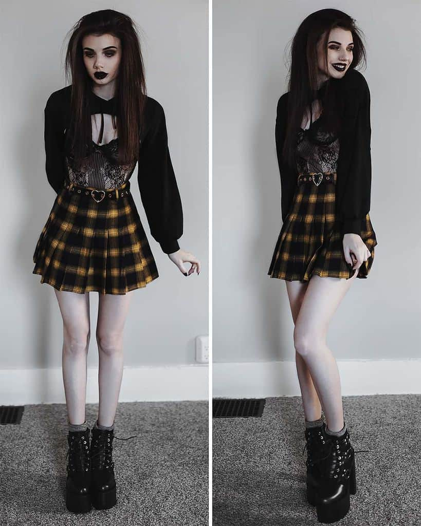 Plaid Skirt Grunge Outfits