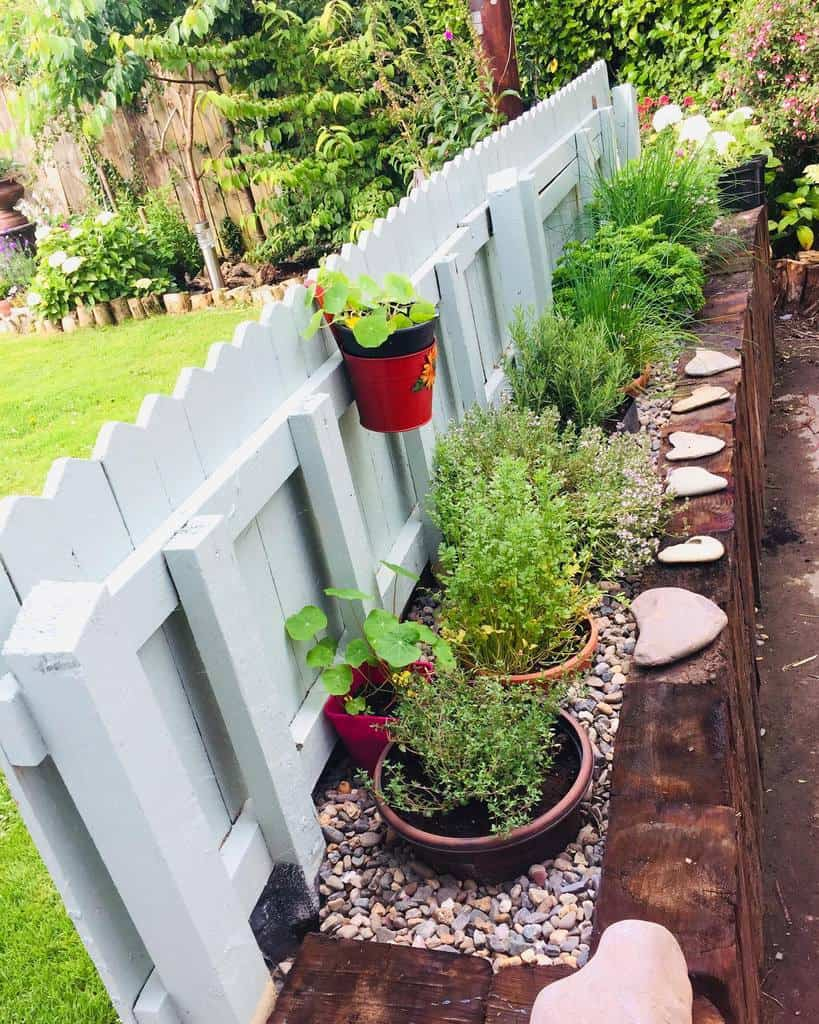 planter ideas herb garden ideas pebblelyrics_cos