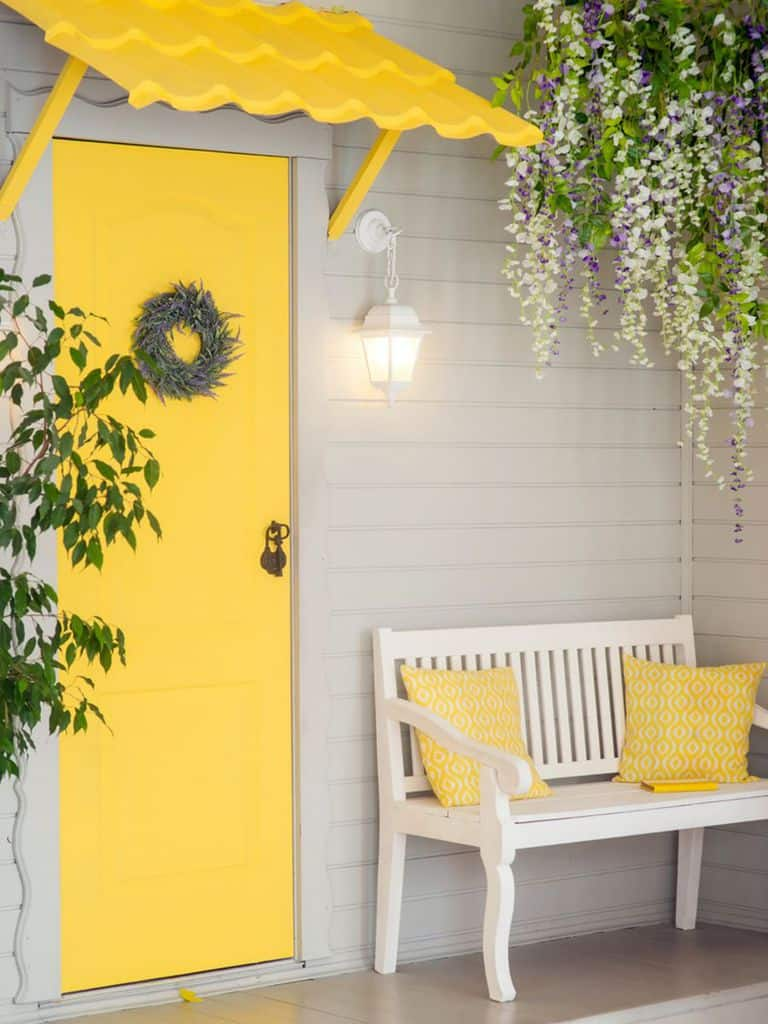Pop Of Color Porch Ideas 3