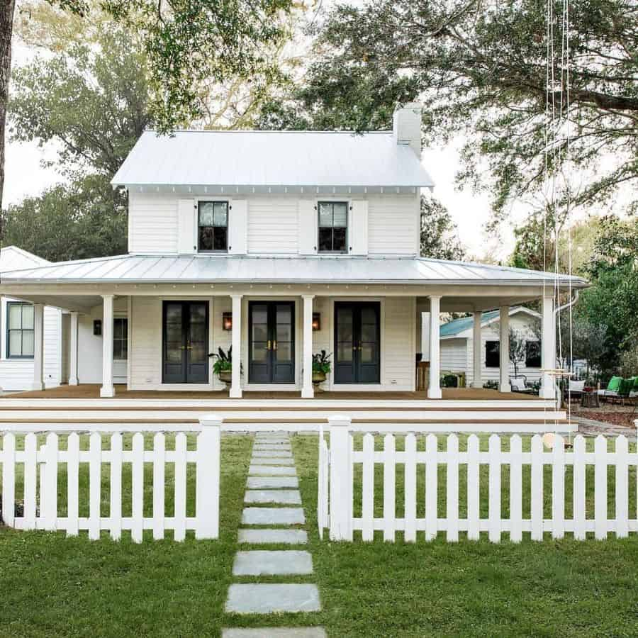 Porch Ideas Modern Farmhouse Exterior Barrowbuildinggroup