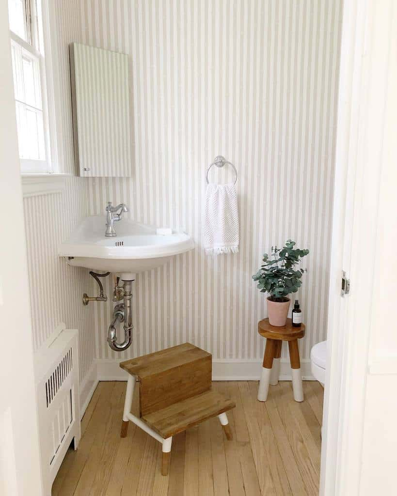 Powder Room Guest Bathroom Ideas Meadowsmithhouse