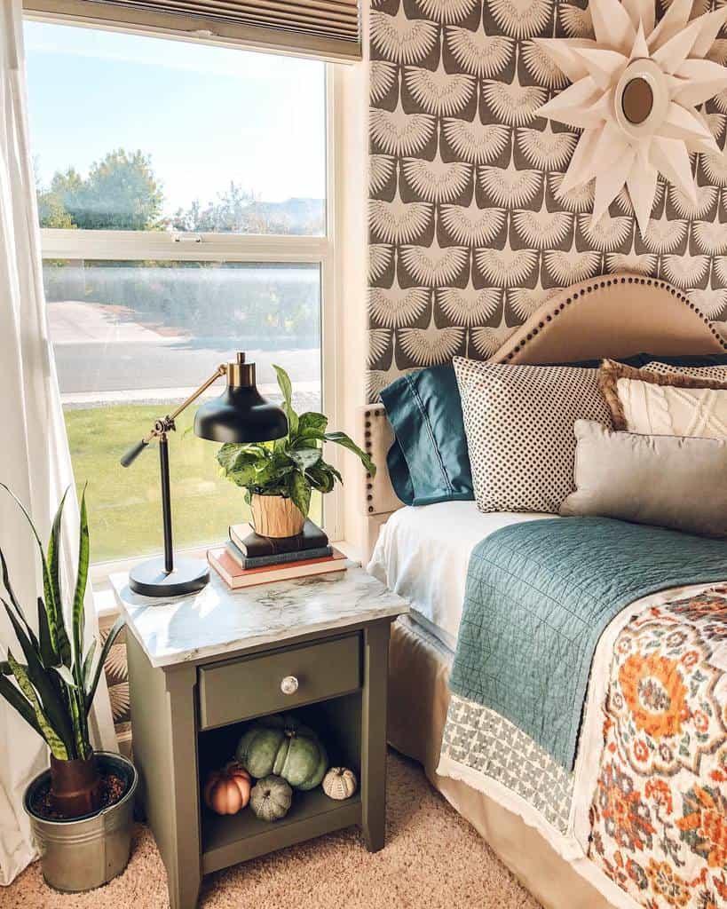 prints bedroom wallpaper ideas curbtorefurb