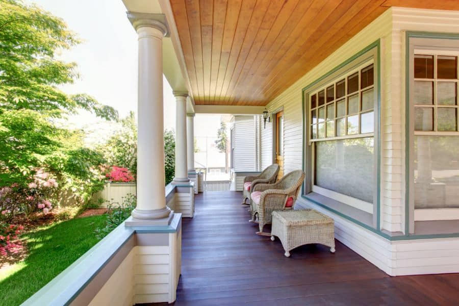 Privacy Porch Railing Ideas 1
