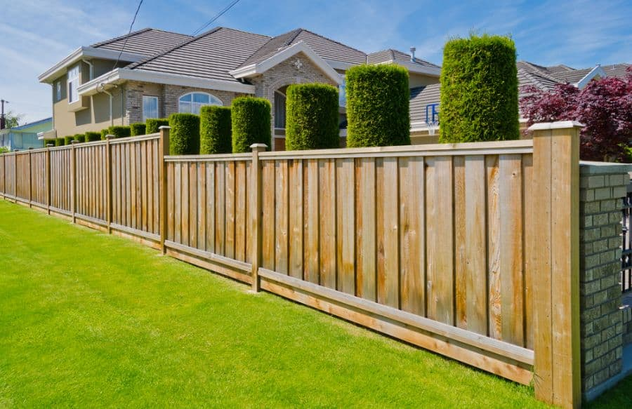 Privacy Wood Fence Ideas (10)