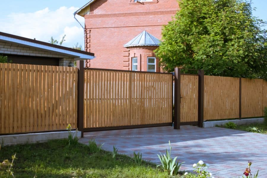 Privacy Wood Fence Ideas (12)