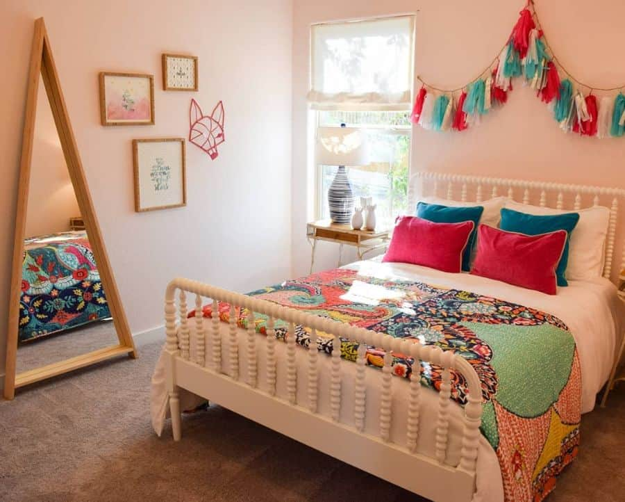 quirky and cheerful interior teen girl bedroom ideas 2 themodelhomelife