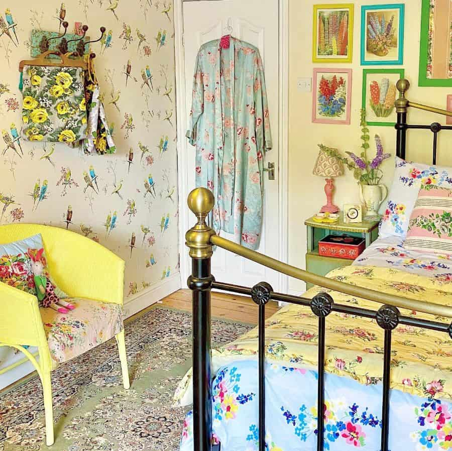 quirky and cheerful interior teen girl bedroom ideas sarahmaguire_myvintagehome