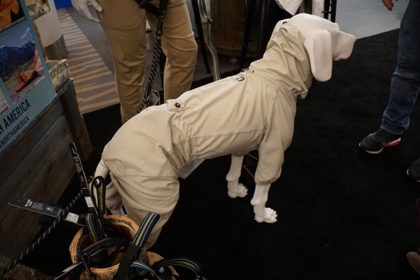 Rainproof Dog Coat Outdoor Retailer 2018
