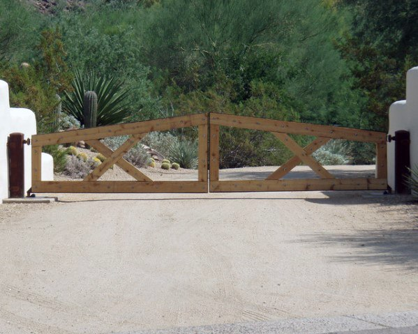 Ranch Driveway Gate Ideas