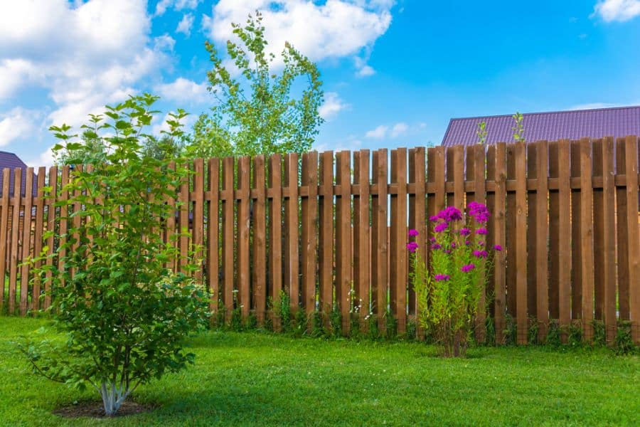 Ranch Or Country Wood Fence Ideas (9)