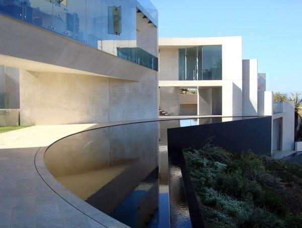 Razor House Design