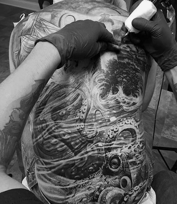 Realistic 3d Octopus Male Back Tattoos