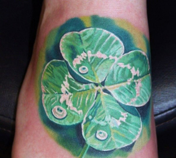 Realistic Four Leaf Clover With Water Droplet Mens Tattoos