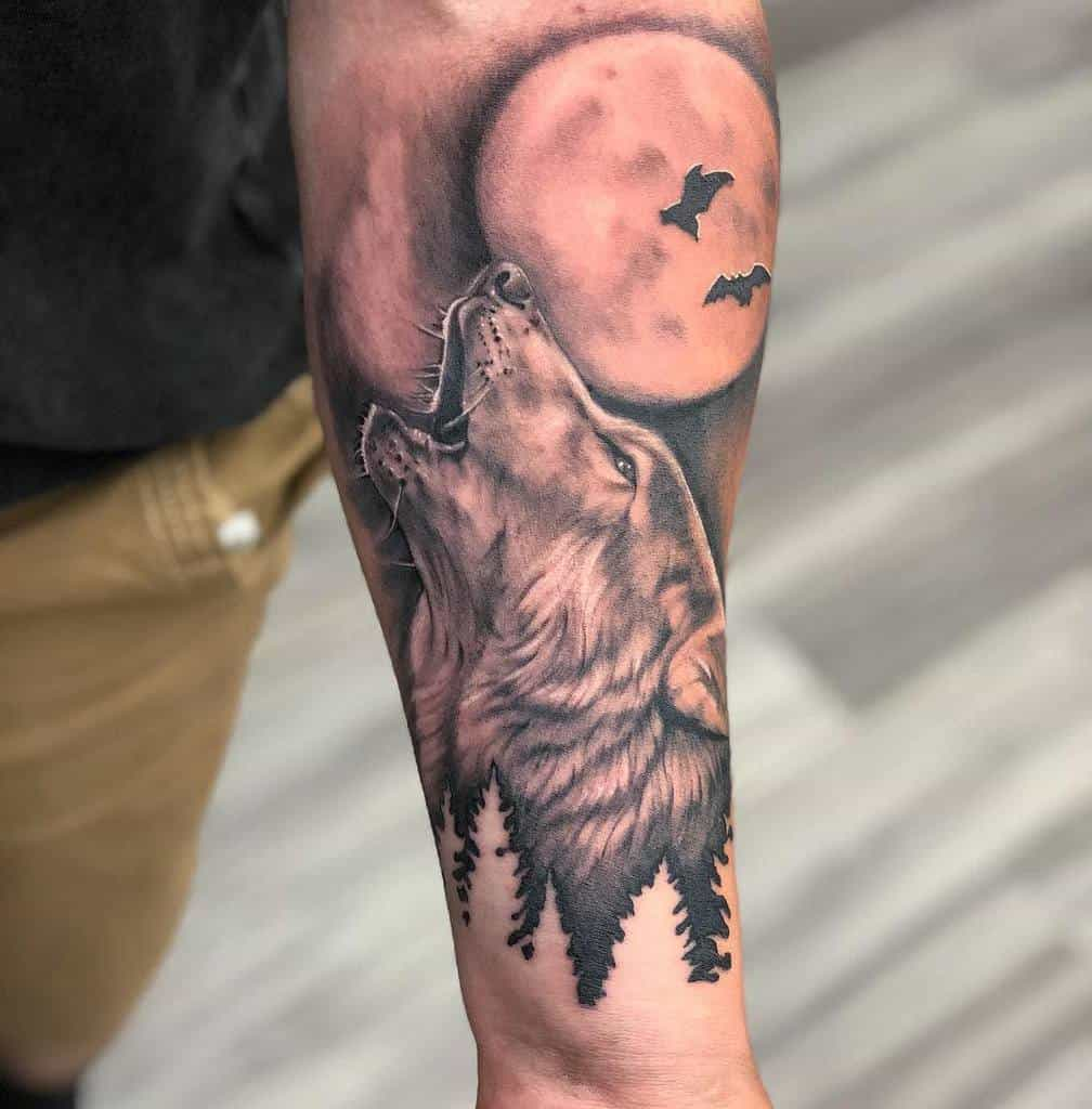 realistic howling wolf tattoo kylectomlin
