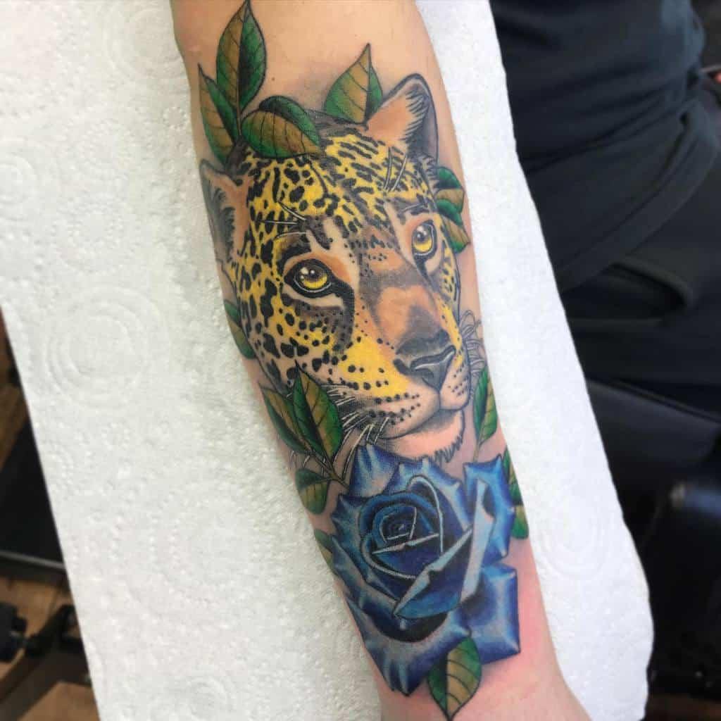 realistic-neo-traditional-jaguar-tattoo-haseldentattoo