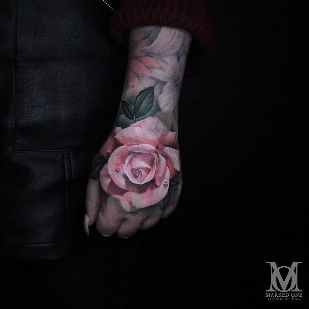realistic rose hand tattoos markedonetattoo