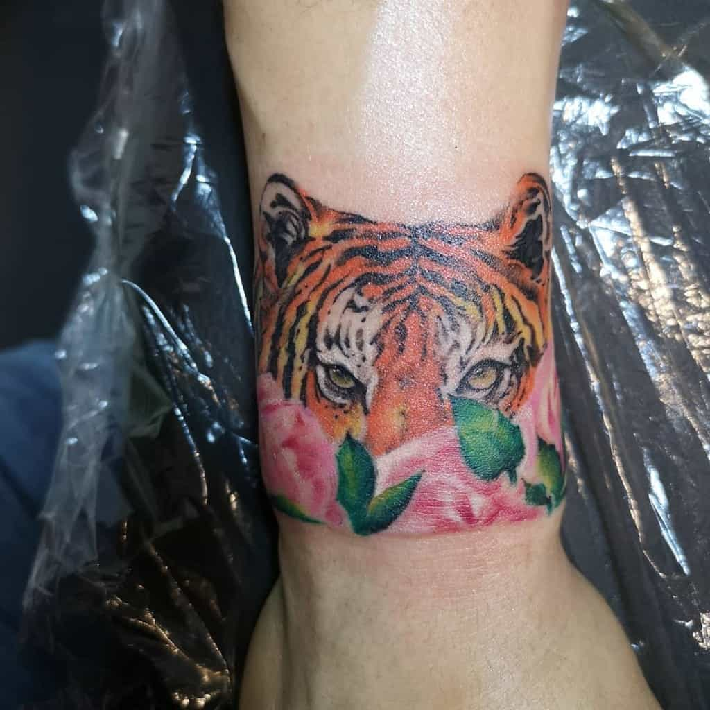 realistic tiger rose tattoos maxloftyink
