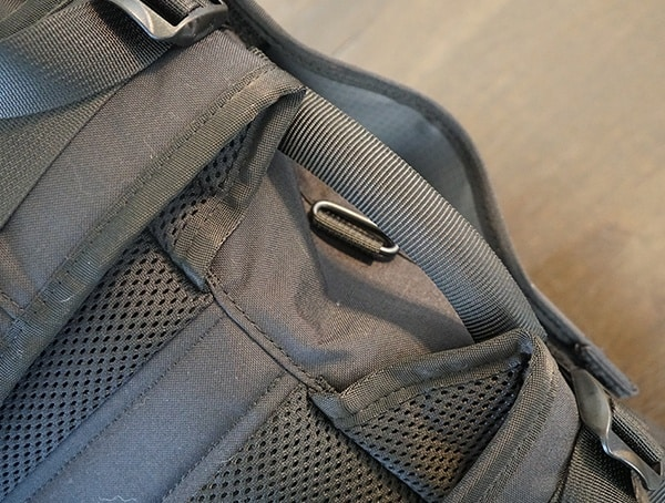 Rear Top Pull Handle Mission Workshop The Rhake Backpack