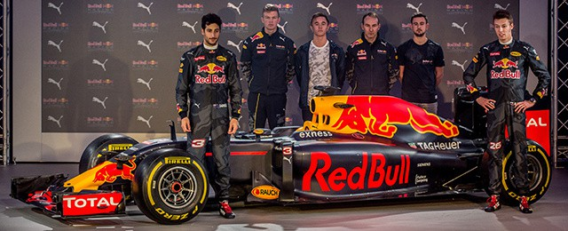 Red Bull Puma Formula 1 Racing 2016 Livery London Event