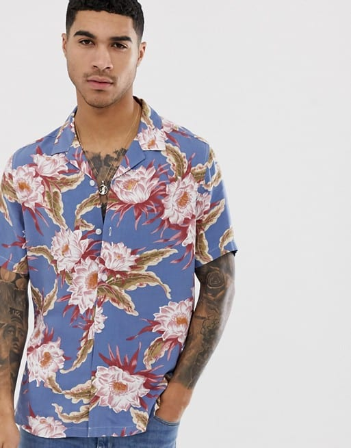 regular fit hawaiian floral shirt in dusty blue