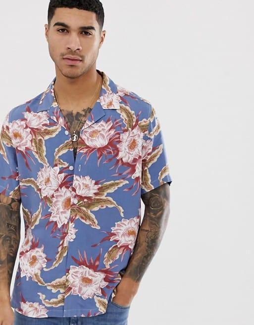 regular fit hawaiian floral shirt in dusty blue
