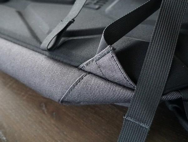 Reinforced Strap Adjustment Corner Chrome Industries Summoner Backpack