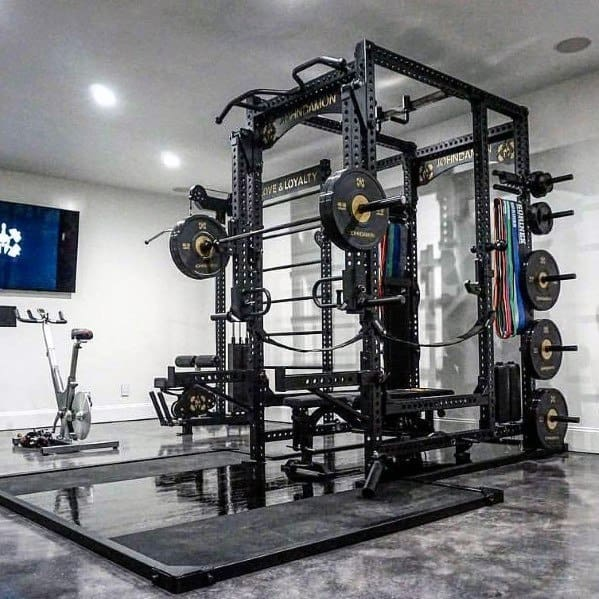 Remarkable Garage Gym Ideas With Epoxy Coated Concrete Floors