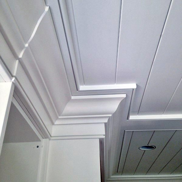 Remarkable Ideas For Crown Molding With Shiplap Ceiling Design