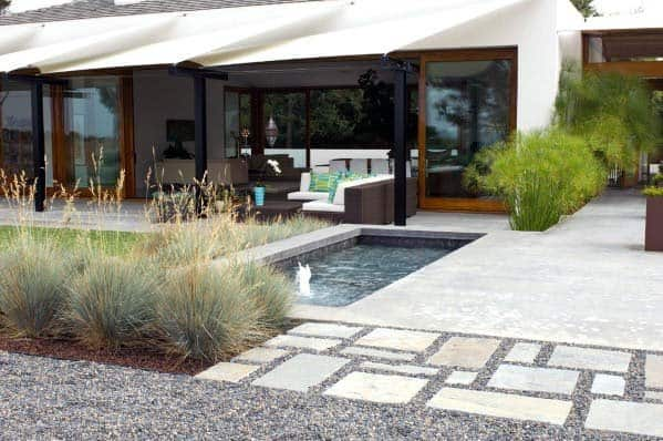 Remarkable Ideas For Gravel Landscaping With Water Feature