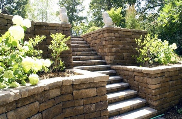 Retaining Rock Wall Ideas