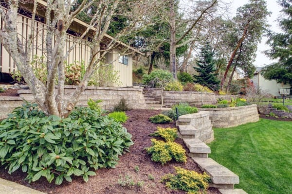 Retaining Wall Patio Ideas