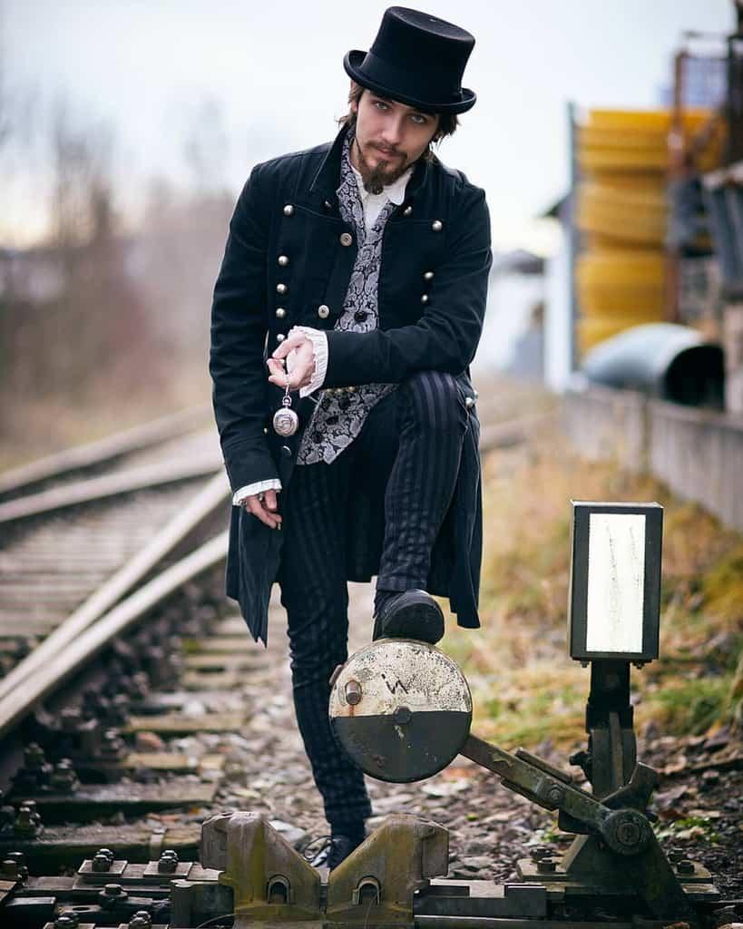 Retro Fashion Victorian Style