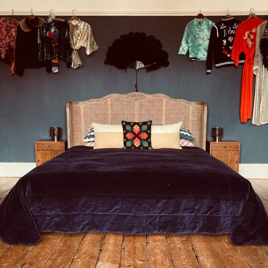 retro vintage bedroom ideas in.the.new.year