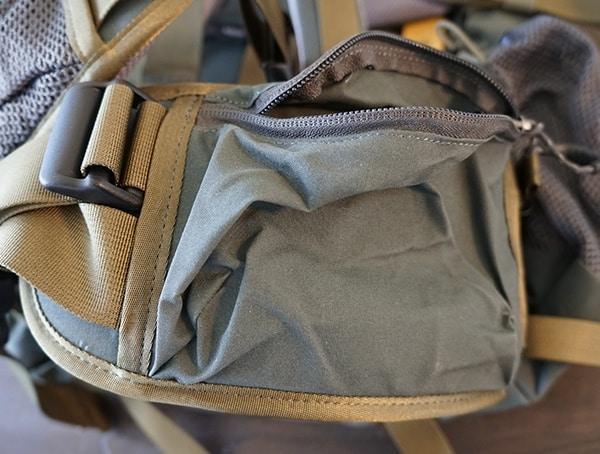 Right Hip Belt Compartment Fjallraven Kajka Backpack