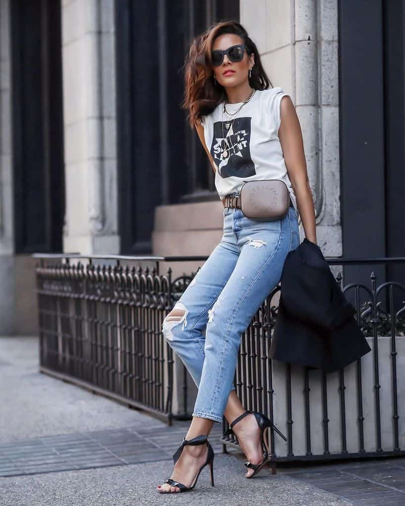 Ripped Denim Pants Outfit