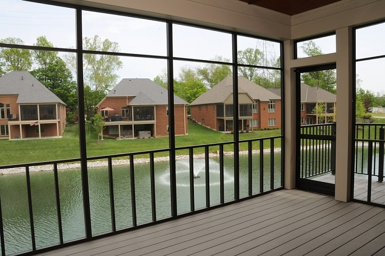 River View Screened In Porch