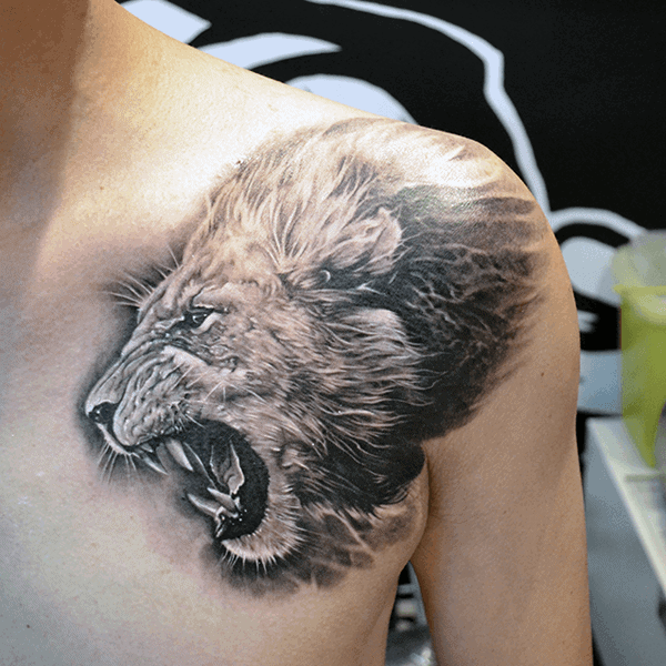 Roaring Lion Chest And Shoulder Mens Tattoos