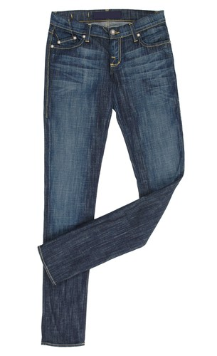 The Boot Jean from Abercrombie & Fitch is the best choice if you're looking for the ultimate pair of bootcut jeans for men. This classic fit is relaxed in the thigh and has a leg opening that looks great with any shoe, especially your favorite boots.