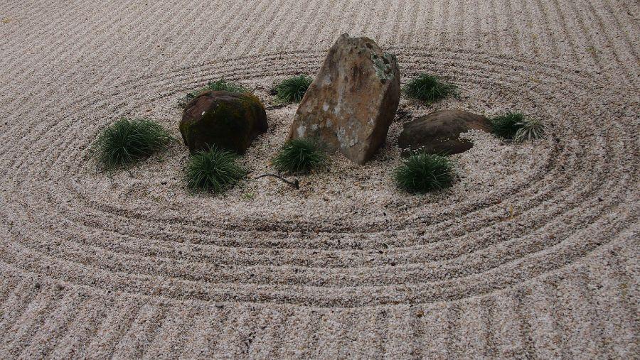 rock zen garden ideas 1