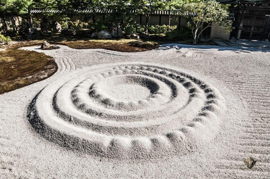 rock zen garden ideas 2