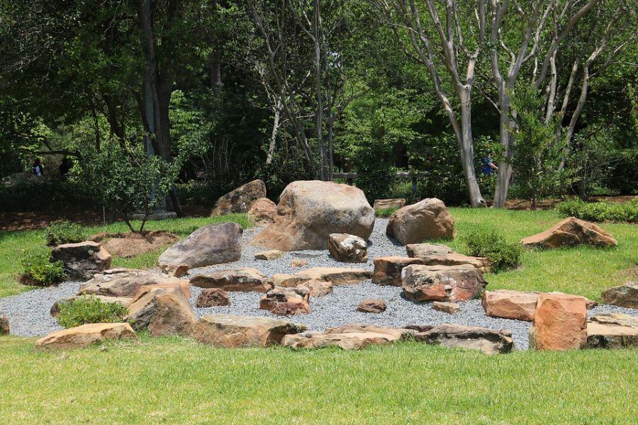 rock zen garden ideas 5