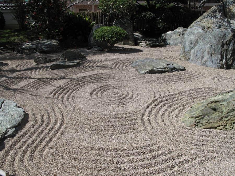 rock zen garden ideas 6