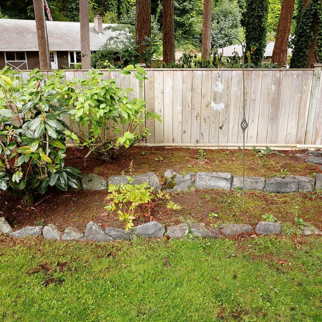 rocks and pebbles garden edging ideas voltlandscaping