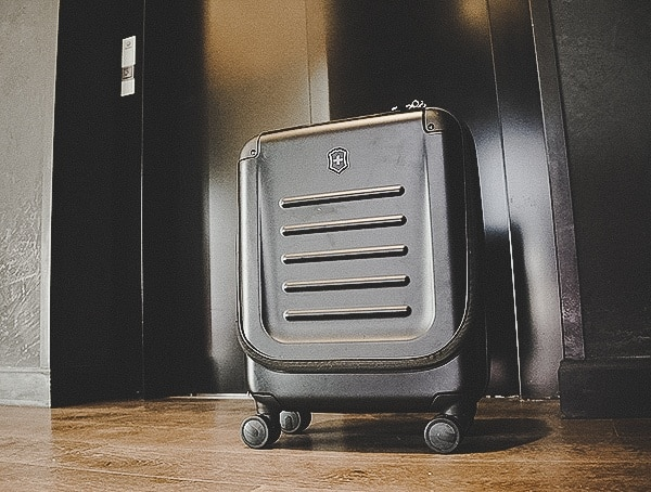 Rolling Suitcase Review Victorinox Spectra 2 0 Dual Access Global Carry On