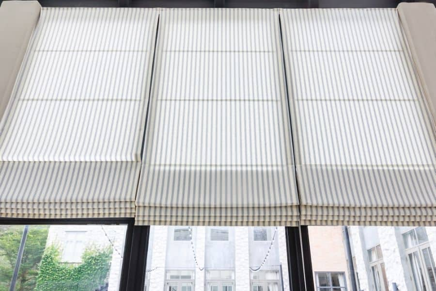 Roman Shade Curtain Ideas